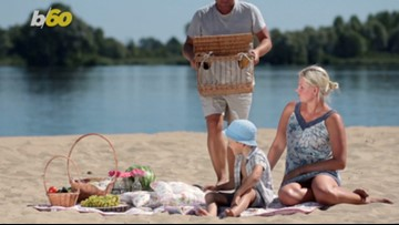 Beach, Please! 5 Ways to Keep Your Food and Drinks Cold at the Beach