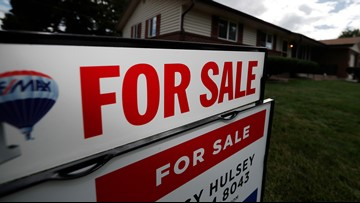 4 strategies for selling a home during the holidays