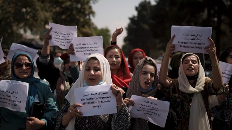 Taliban-run Kabul municipality tells female workers to stay home