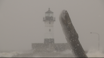 Blizzard buries Duluth with nearly 20 inches of snow
