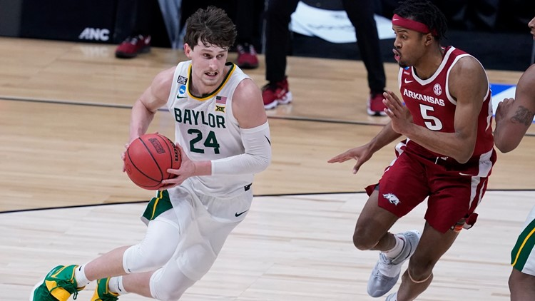 Baylor holds off Arkansas to head to 1st Final Four since 1950