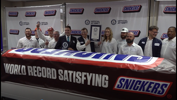 'Everything is bigger in Texas' | World's largest SNICKERS bar unveiled in Waco