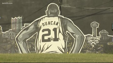 Spurs fans hope for more championships with Duncan's coaching return