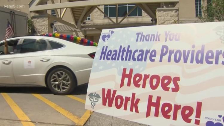 Balcones Heights neighbors hold parade to honor those fighting coronavirus | Good Things Happen