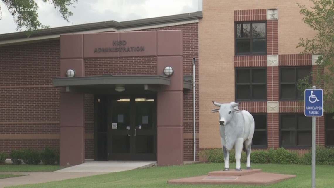 Three Hallettsville Isd Employees Arrested Accused Of