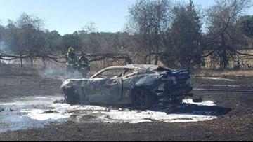 One dead in car fire near I-10 at Frederick Creek outside Boerne