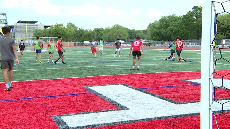 Nationally ranked LEE High School ready to make run towards state title