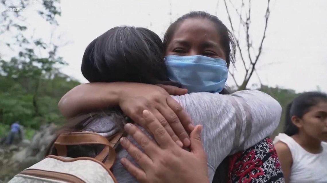 Migrant families head to Pleasanton, TX