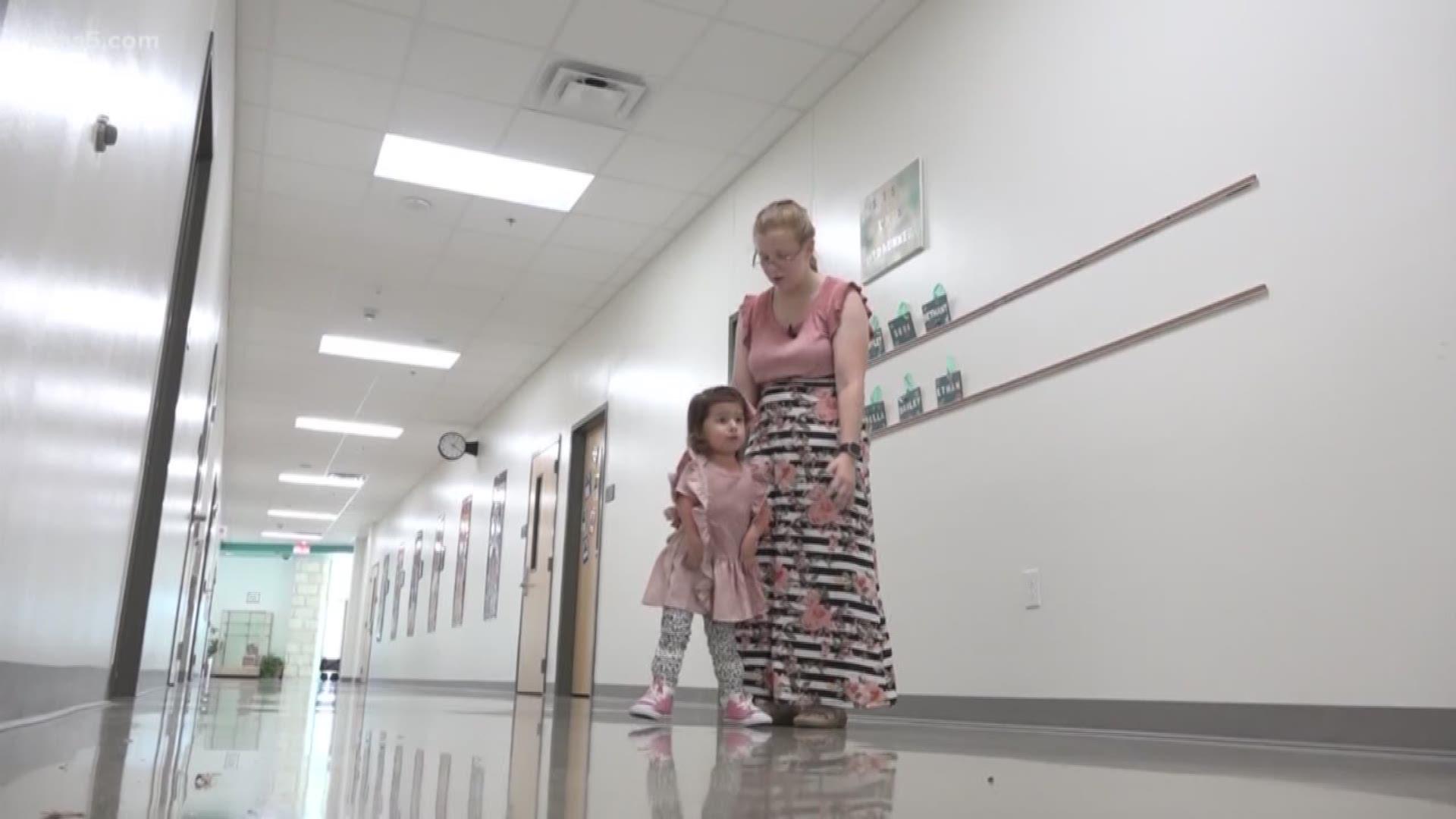 Boerne Preschooler Takes Her First Solo Steps At School Kens5 Com