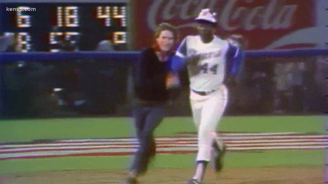 Texas man shares letter sent by Hank Aaron to his father amid historic home run record chase