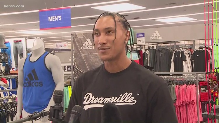 Titans WR Josh Reynolds hosts Father's Day shopping spree for San Antonio students