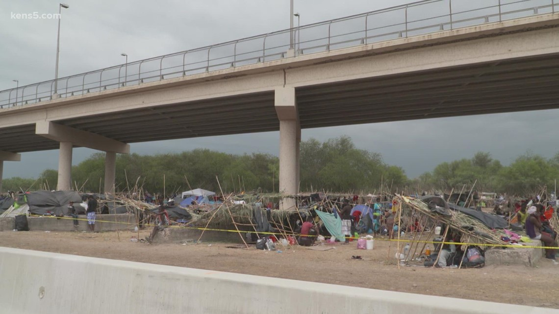 Latest update on the encampment of thousands of Haitian migrants under a bridge near the border in Del Rio