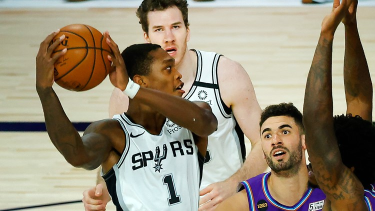 FINAL: Spurs fall 110-99 in Utah, losing streak extends to four games