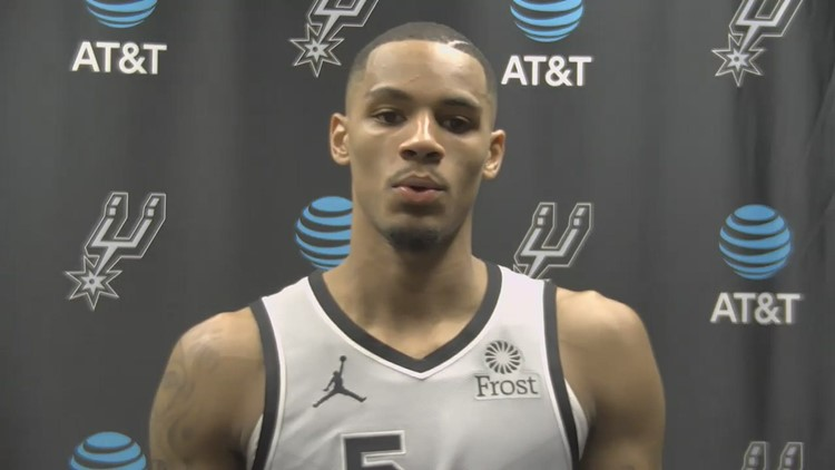 Dejounte Murray speaks about tough loss to Thunder, challenging first half of Spurs season