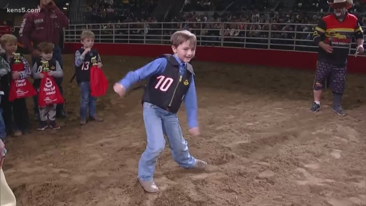 Mutton Bustin' competition heats up as SA Rodeo nears its end