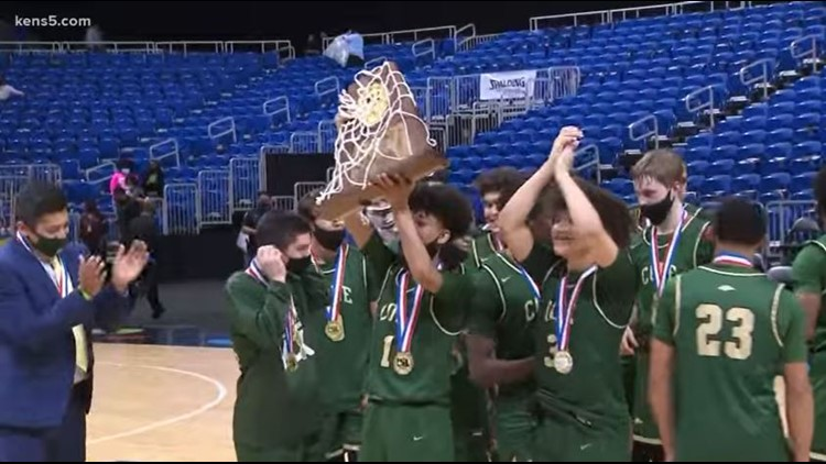 Cole Cougars win UIL 3A basketball state title