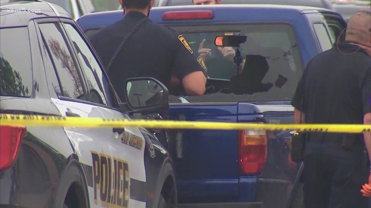 'Nobody won here'   Eyewitness describes shootout with SAPD officer that left two dead