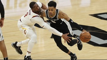 SPURS GAMEDAY: Heat's Wade to make final visit to AT&T Center on Wednesday