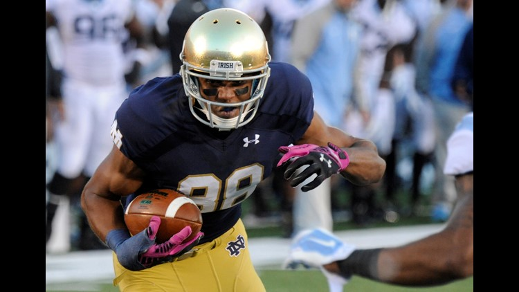 Concussions end career of Notre Dame WR Corey Robinson ...