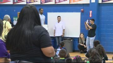 LaMarcus Aldridge surprises kids with iPads