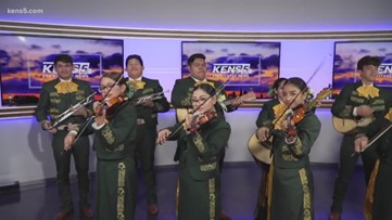 Start your week with the Holmes HS Mariachi Band