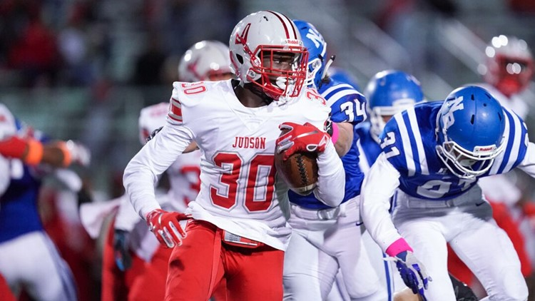 FBH Judson RB De'Anthony Lewis on the go against New Braunfels 2019