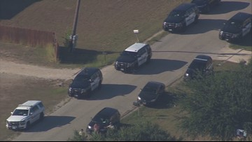 Seguin standoff ends after five hours; wanted suspect in custody