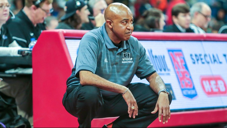 Steele boys basketball coach Lonny Hubbard during state semifinal game
