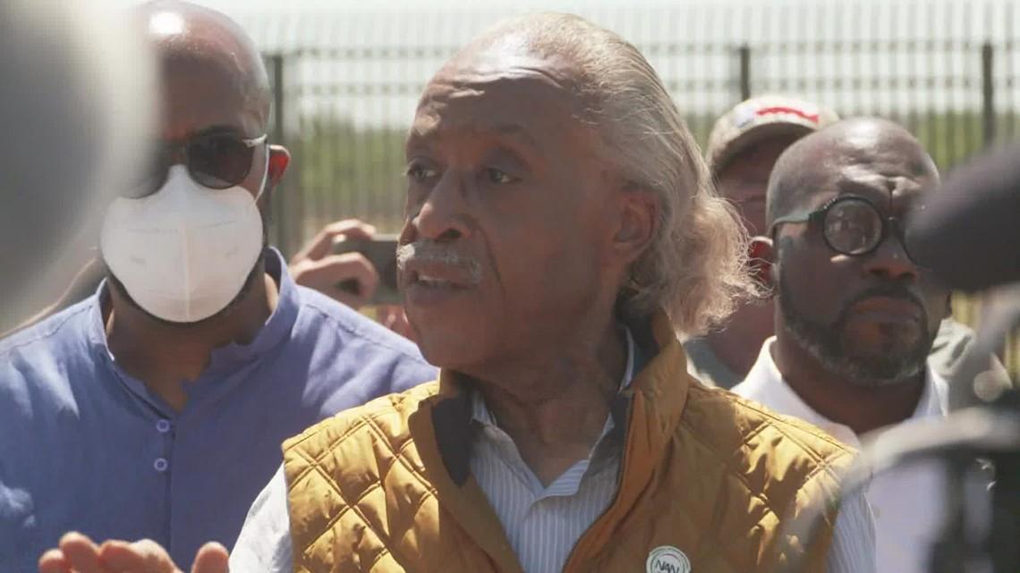 Al Sharpton tours Haitian immigrant encampment in Del Rio