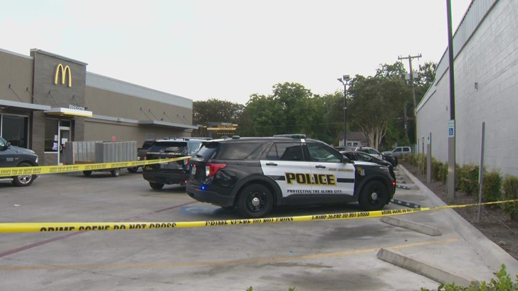 SAPD looking for suspect in Saturday gas-station shooting that left 1 woman injured