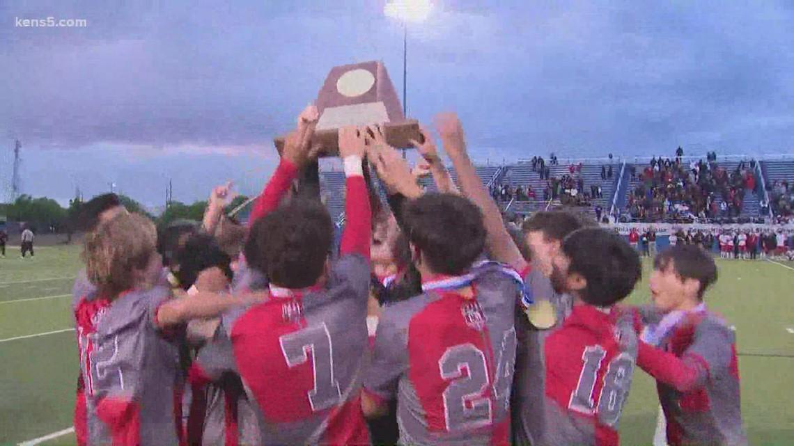 LEE High School boys win 6A soccer title