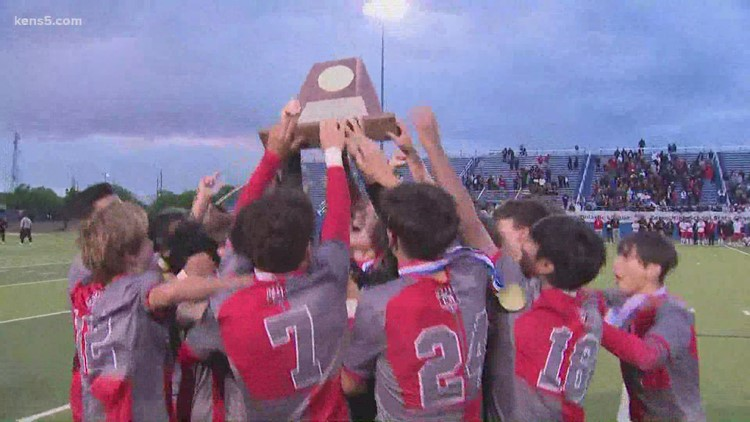 LEE High School boys soccer team wins 6A state championship
