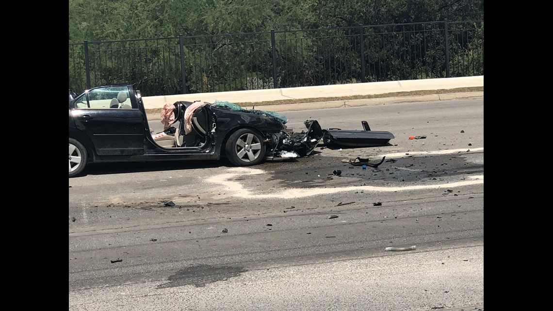 Major accident between car, 18-wheeler reported on the northeast