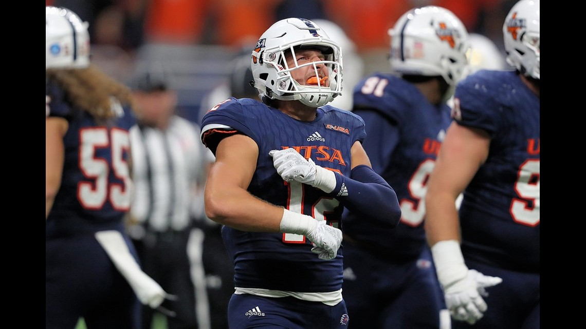 UTSA edges I-35 rival Texas State 25-21 for first victory of season ... c612f89a1
