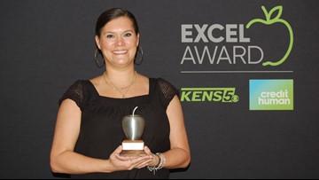 Stephanie Hargrove wins EXCEL Award for Alamo Heights ISD