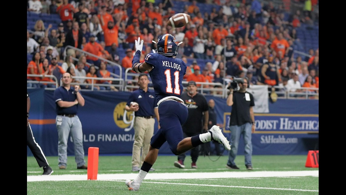 The UTSA Roadrunners opened conference play in 2018 with a 30-21 win over  the UTEP Miners on Saturday 41a60f732