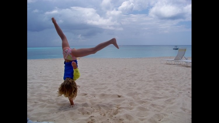 Avery handstand