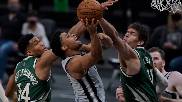 Spurs beat Bucks 146-125 in historic game, cutting playoff magic number to one