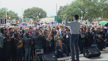 Beto O'Rourke speaks to supporters on west side ahead of Texas Debate