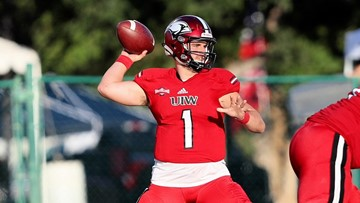 UIW football gets huge upset, dominates No. 6 McNeese State 45-17