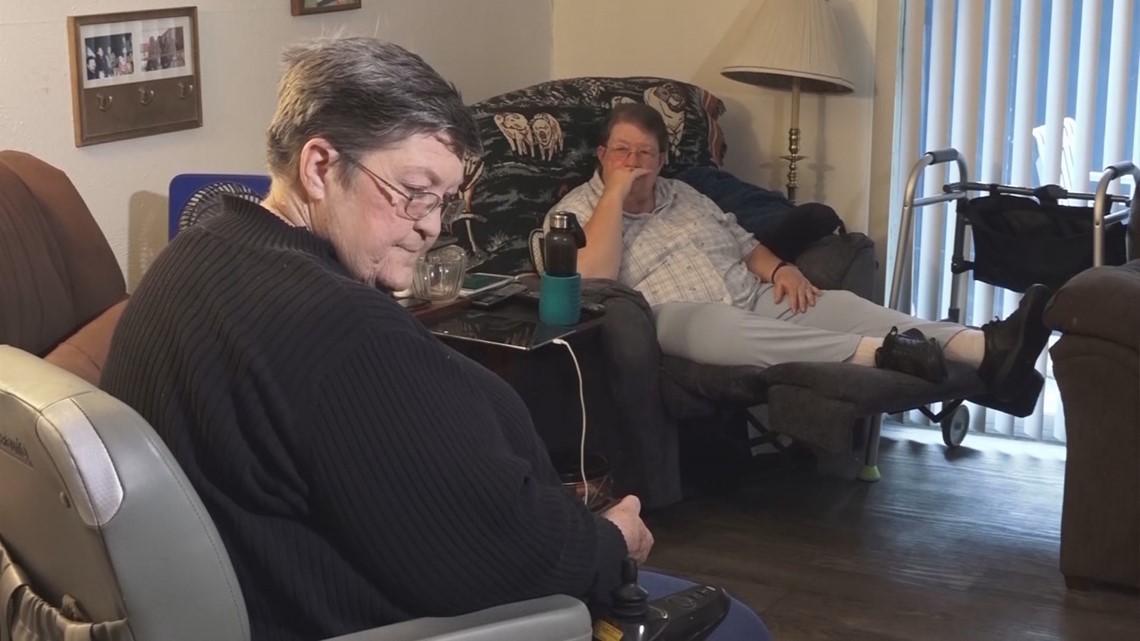 San Antonio handyman helps sisters whose wheelchair ramps were stolen