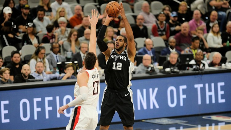 BKN Spurs forward LaMarcus Aldridge shoots against the Blazers 12022018_1543926093520.jpg.jpg