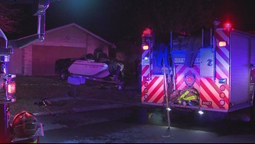 1 man dies after early morning house fire in west San Antonio