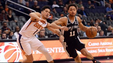 GAME BLOG: Spurs handle Suns, 111-86, for third straight win