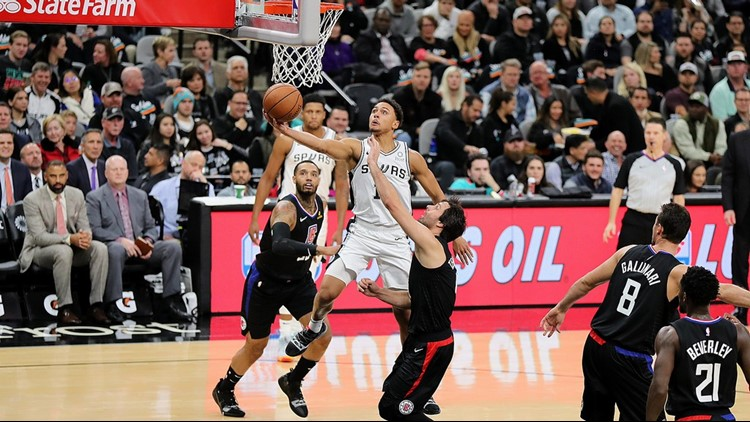 BKN Spurs guard Bryn Forbes goes up for a shot against the Clippers 12132018_1544769385357.jpg.jpg