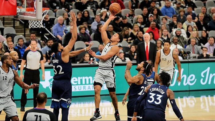 BKN Spurs guard Bryn Forbes shoots against the Wolves 12212018_1545501570301.jpg.jpg