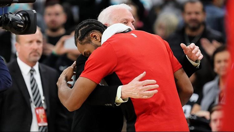 BKN Spurs coach Gregg Popovich consoling Kawhi Leonard 01032019_1546581135685.jpg.jpg
