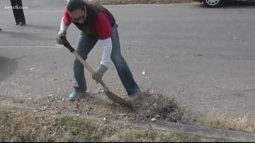 Mission SA: Repairing a veteran's home