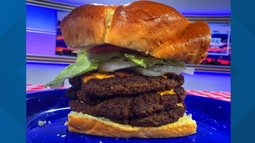 Neighborhood Eats Burger Battle: The Lords of juicy
