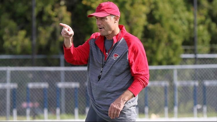 San Antonio Commanders coach Mike Riley